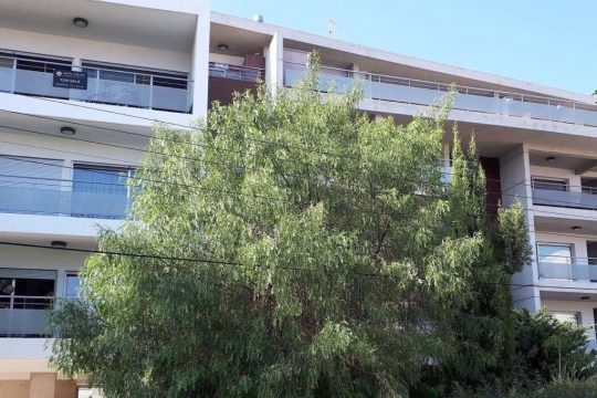 Two bedroom apartment near Tsirio