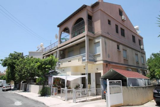 2 bedroom apartment in Petrou and Pavlou, Limassol ( with fireplace and attic )