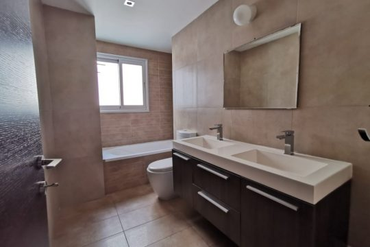 2 bedroom Modern Apartment,  Ayia Zoni