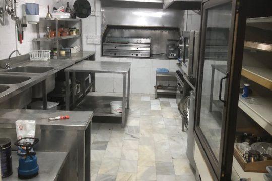 Shop/restaurant  in Germasogeia tourist area