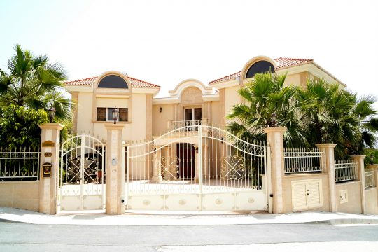 Impressive 5 bedroom villa in Agios Tychonas in Limassol