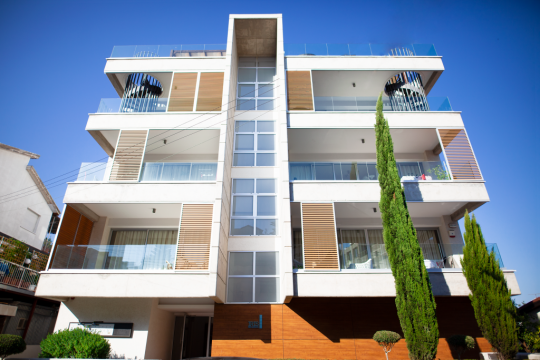 Modern penthouse with sea view in Mesa Geitonia in Limassol, RESALE