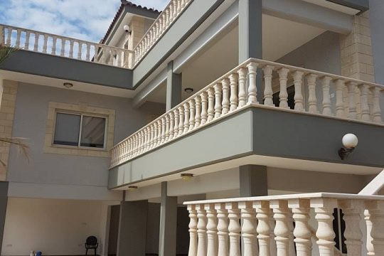 5 BEDROOM HOUSE FOR SALE IN MONI