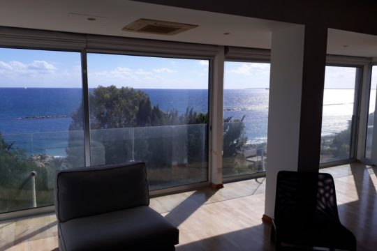 Apartment for rent in Limassol with sea view