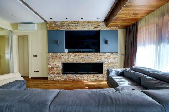 Two bedroom ground floor apartment in Agios Tychonas Tourist area
