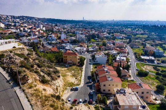 Residential plot in picturesque area of Agia Fylas
