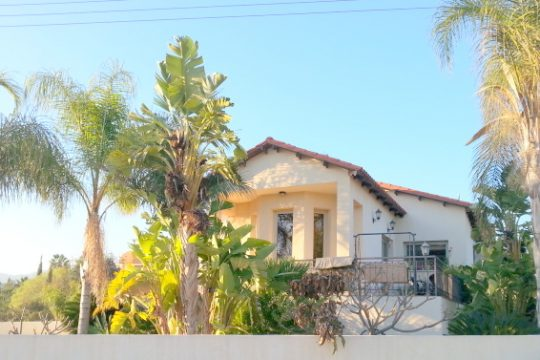 Four bedroom detached house  in Pyrgos
