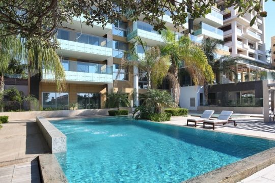Duplex apartment near Four Seasons Hotel