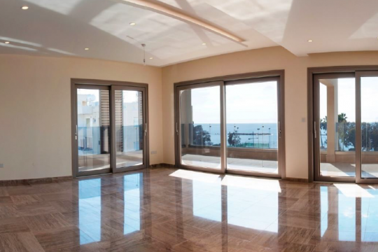 3 bedroom apartment near Poseidonia hotel in Limassol