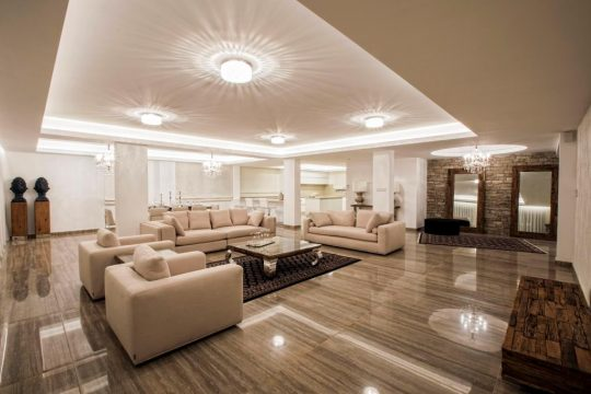 5 BEDROOM PENTHOUSE IN TOURIST AREA FOR RENT
