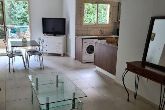 Two bedroom apartment in a modern building in Germasogeia