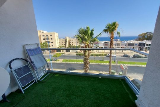 1 furnished bedroom apartment for in opposite the beach